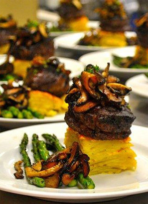 photo gallery 3 sidebar image houston-catering-filet-mignon